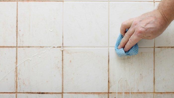 Banyo Fayanslarındaki Kireç Nasıl Temizlenir?