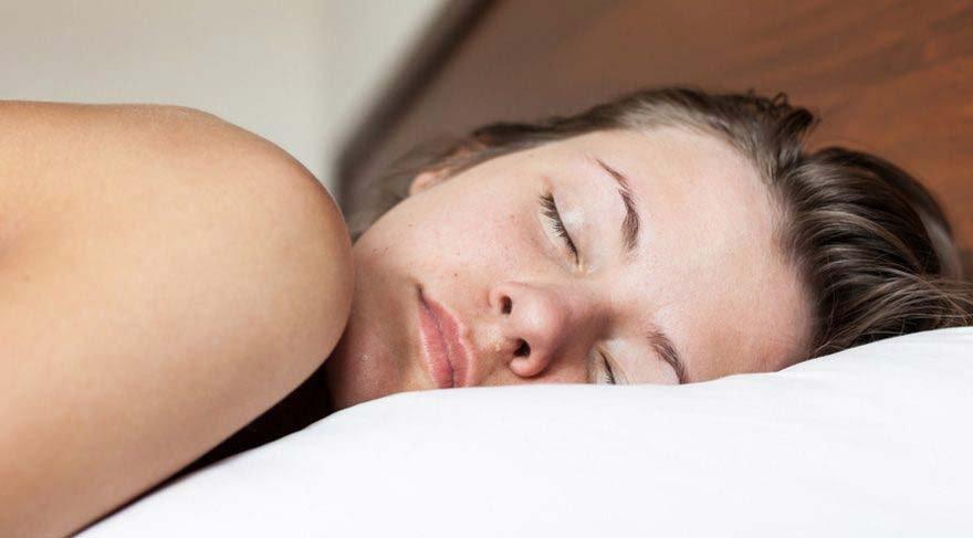 Uykuda Ağız Suyu Akması Nedenleri? Uyurken Ağız Suyu Akması Sebepleri Nedir?