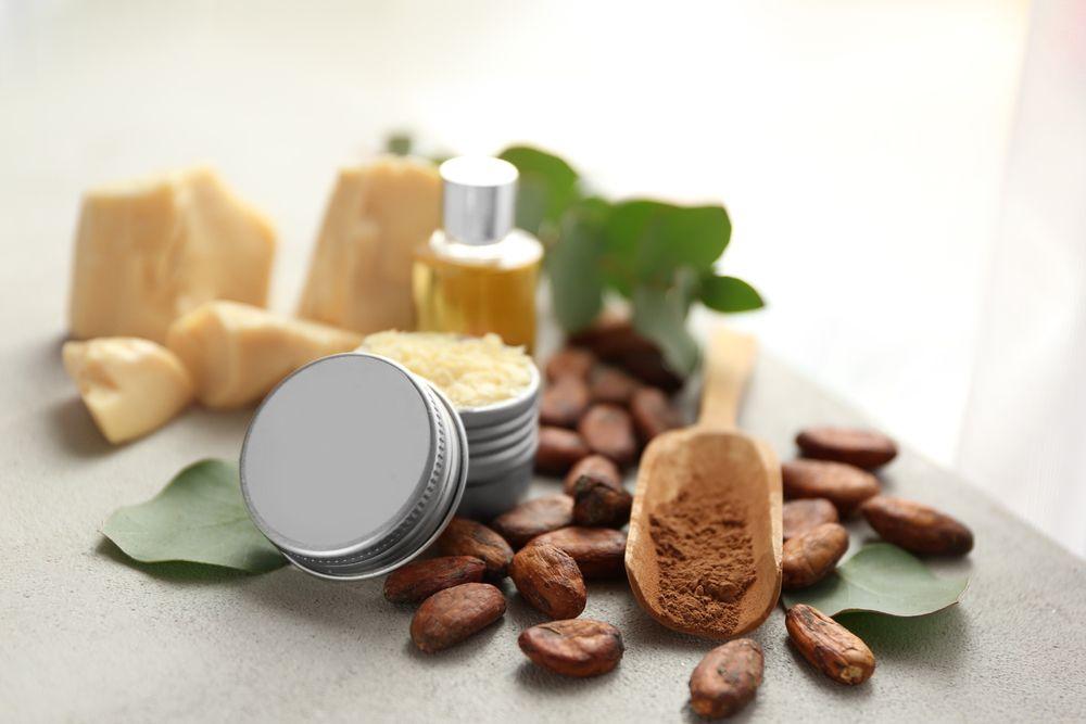 Kakao Yağı Nedir? Kakao Yağı Nasıl Kullanılır?