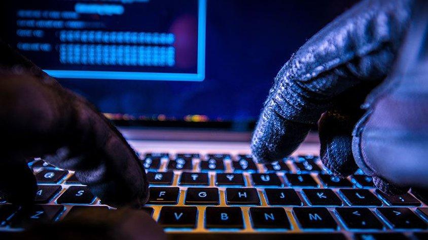 Siber Güvenlik Uzmanı Hangi Dilleri Bilmeli?